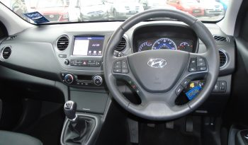 17 Hyundai i10 1.2 Premium SE 5dr Hatchback Manual Ref: U01269/37784 full