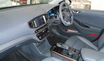 18 Hyundai Ioniq SE EV (Electric) 5dr Hatchback Automatic Ref: N01413/894 full