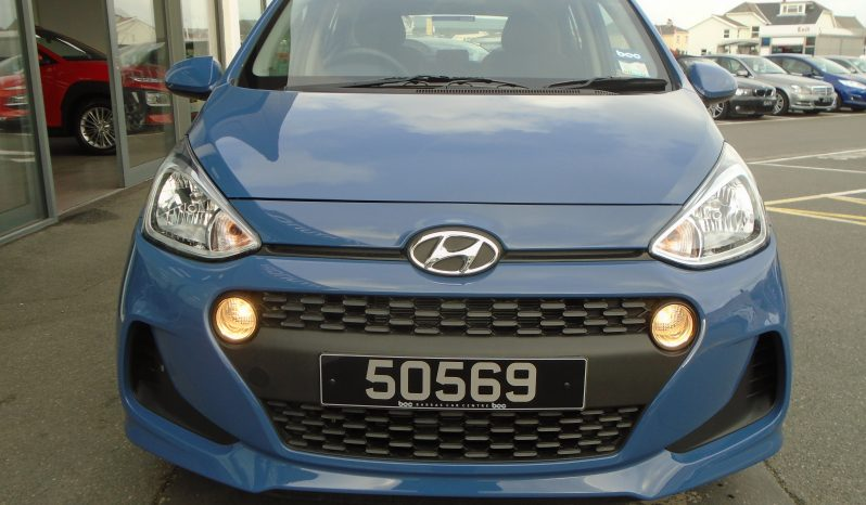 17 Hyundai i10 1.0 SE 5dr Hatchback Manual Ref: U01290/50569 full