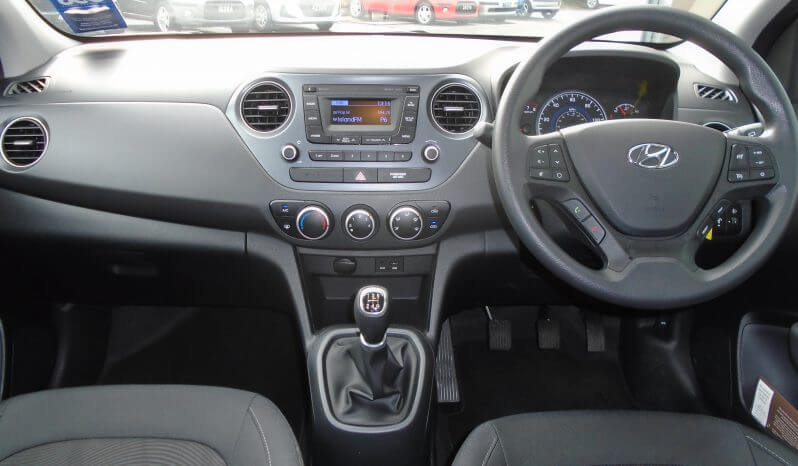 18 Hyundai i10 1.0 SE 5dr Hatchback Manual Ref: N01485/36219 full