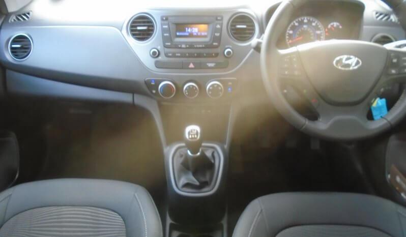 19 Hyundai i10 1.2 SE 5dr Hatchback Manual Ref: U2019143/3497 full