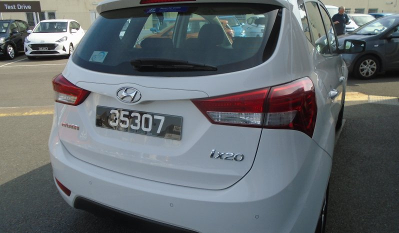 14 Hyundai ix20 1.4 Active 5dr MPV Manual Ref: U2019302/35307 full