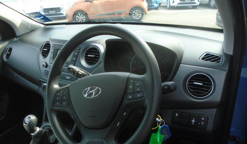 18 Hyundai i10 1.0 SE 5dr Hatchback Manual Ref: U2019311/36219 full