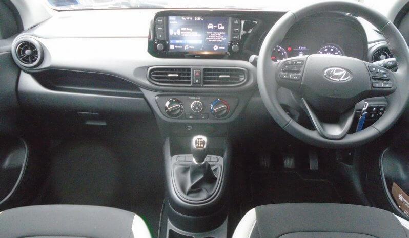 20 Hyundai i10 1.0 SE Connect 5dr Hatchback Manual Ref: U2019313/38262 full