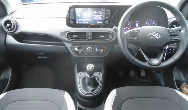 20 Hyundai i10 1.0 SE Connect 5dr Hatchback Manual Ref: U2019314/44172 full