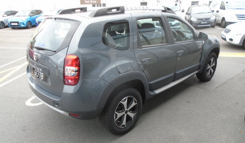 17 Dacia Duster 1.2 SE Summit 5dr SUV Manual Ref: U2019394/61378 full