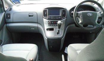 18 Hyundai i800 2.5 CRDi SE NAV 8 Seater Automatic Ref: U2019404/39009 full