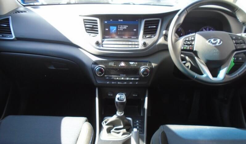 15 Hyundai Tucson SE Nav 2.0 5dr SUV Manual Ref: U2019453/21673 full